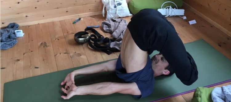 Posture yoga- soulager le dos